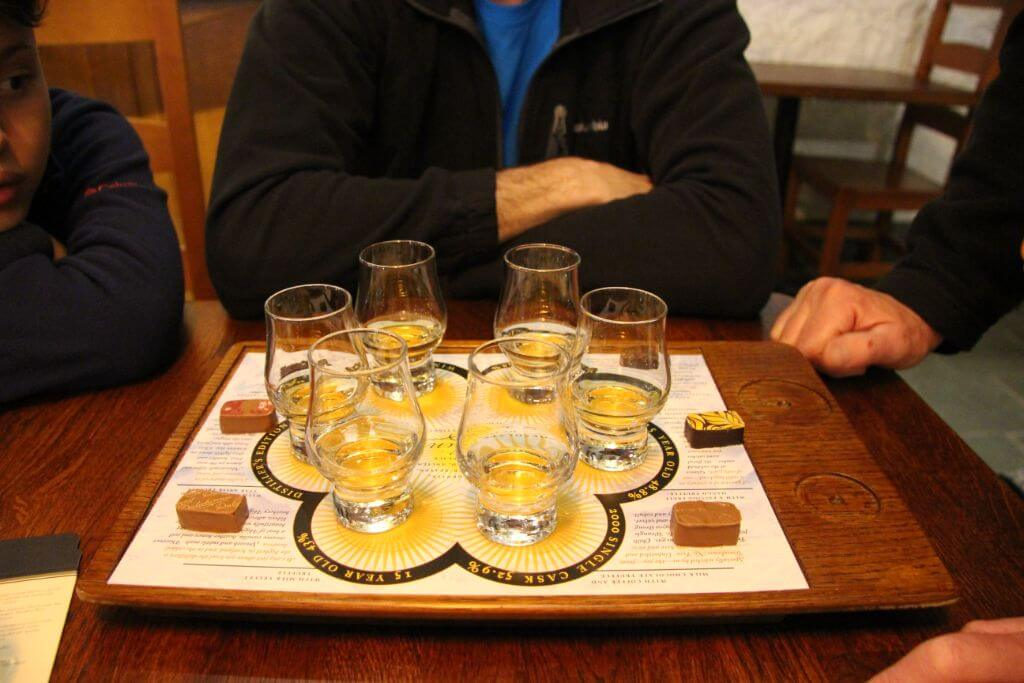 מבשלת ויסקי סקוטלנד תכנון טיול בהתאמה אישית