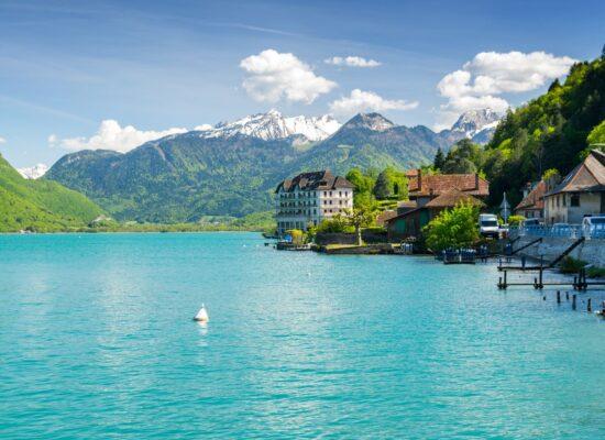 תכנון טיול בהתאמה אישית אלפים צרפתיים אנסי אגם