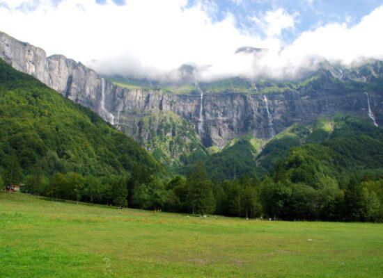 תכנון טיול בהתאמה אישית אלפים צרפתיים טבע טיולים מסלולים