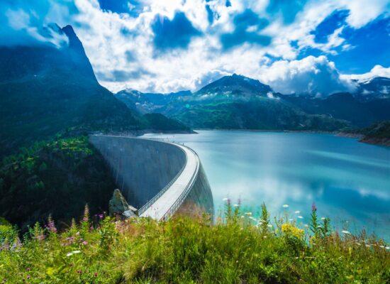 תכנון טיול בהתאמה אישית אלפים צרפתיים סכר שוויץ צרפת